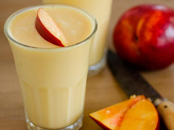 Самбук из персиков