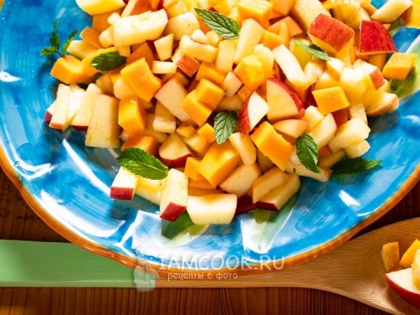 Салат из тыквы с яблоками и свекольным соком