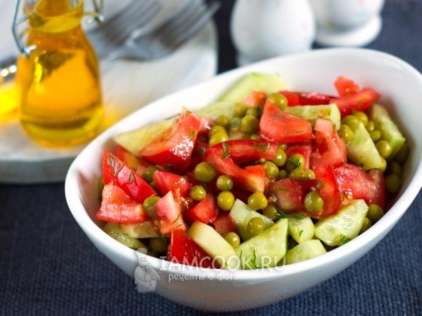 Салат из зеленого горошка с помидорами и огурцами